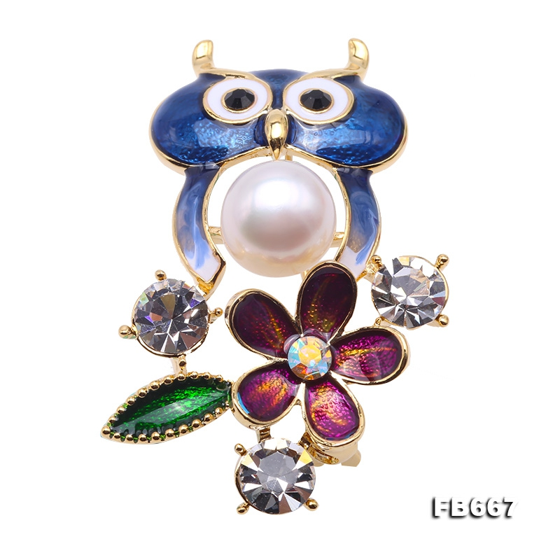 Lovely Blue Owl-shape 10mm White Pearl Brooch