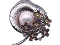 Extraordinary Big 14mm White Pearl Brooch/Pendant