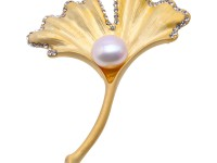 Beautiful Ginkgo Leaf Shape 11mm White Pearl Brooch