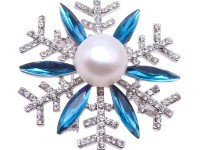 Beautiful 13mm White Pearl Snowflake Brooch
