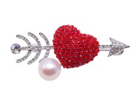 Delicate Cupid's Arrow 9.5mm Freshwater Pearl Brooch