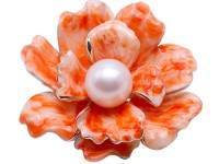Beautiful 12.5mm White Pearl Flower Brooch