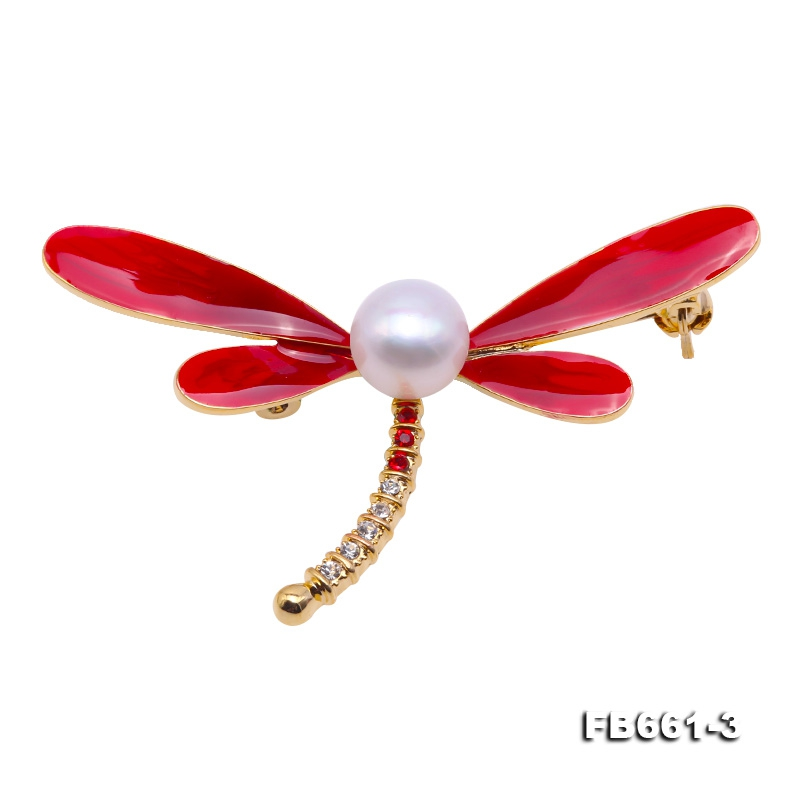 Elegant Dragonfly-shape 10mm Freshwater Pearl Brooch