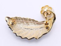 Exquisite Leaf-shape 13.5mm Freshwater Pearl Brooch