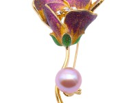 Lovely Rose-shaped 10.5mm Freshwater Pearl Brooch