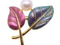 Exquisite Leaf-shape 10mm Freshwater Pearl Brooch
