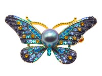 Luxurious Pearl Brooch Series—9mm Peacock Green Tahitian Pearl Pendant