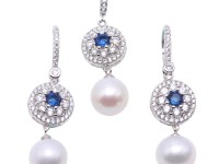 Exquisite 9.5mm White Pearl Earrings & Pendant Set in Sterling Silver