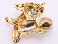 Lovely Doggy-shape 11mm Freshwater Pearl Brooch