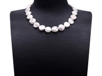Unique 16.5×17-17.5×19mm White Baroque Pearl Necklace