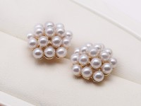 Fashion 3-3.5mm White Round Women Seashell Pearl Ball Stud Earrings