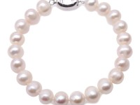 Beautiful 8.5-9mm White Freshwater Pearl Bracelet 7.5″